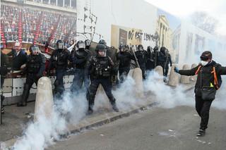 насилие протест франция полиция