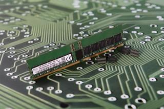 Различия между памятью DDR4 и DDR5